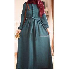 Hijab Fashion Summer, Pakistani Fashion Party Wear, Niqab Fashion, Modesty Fashion, Fashion Dresses, Dress Outfits, Sporty Fashion, Mod Fashion, Fashion Women