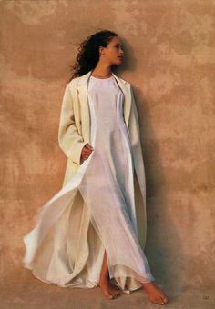Love all these nude tones and the caftan fashion. Beautiful light and airy   Blowdry is pretty too