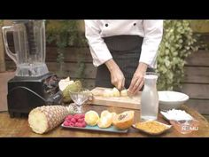 Salada de frutas com iogurte de coco raw food cru vegano - YouTube