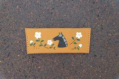 #leather #horse #flower  #paper #cup #sleeve #handstitched #milk #tea #gift #日本 #Japan #craft #kikikaban #聞き鞄 #革 #バッグ