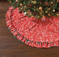 No Sew Christmas Kit- Swirl Tree Skirt 60''No Sew Christmas Kit- Swirl Tree Skirt 60'',