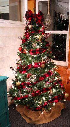 Buffalo Check Plaid Christmas Tree lit up