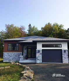 NOUVELLE CONTEMPORAINE Plan de maison moderne plain-pied avec garage ...