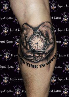 hands tattoo,www.legendtattoo.gr,clock tattoo,xeria tattoo,roloi  tattoo,tattoo sxedia,given hands tattoo,hands holdin a pocket watch.