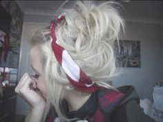 Cute Bandanna and curls (: if only my hair were long enough (: