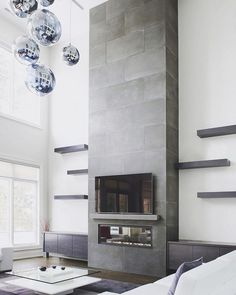 Latest Snap Shots Contemporary Fireplace shelves Style Modern fireplace designs can cover a broader category compared for their contemporary counterparts. Tall Fireplace, Fireplace Shelves, Concrete Fireplace, Home Fireplace, Fireplace Remodel, Living Room With Fireplace, Fireplace Surrounds, Living Room Decor, Fireplace Ideas