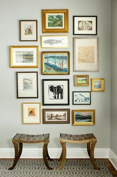 Design ideas inspiration wall, gallery walls, gallery wall frames, frames o Gallery Wall Frames, Frames On Wall, Gallery Walls, Gold Frame Wall, Inspiration Wand, Wall Groupings, Decoration Design, Living Room Designs, Living Rooms