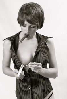 Black and White 100 photo album – Female Cigar Smokers Cigars And Women, Women Smoking Cigars, Cigar Smoking, People Smoking, Smoking Ladies, Girl Smoking, Goth Women, Sexy Women, Good Cigars