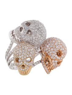 18K white, yellow and rose gold graduated tri-tone skull ring with melee diamonds