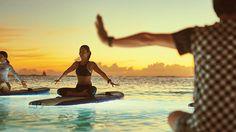ハワイでしたい16のことPart.4 夕陽を見ながらSUP YOGA