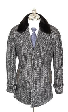 Get pulled in by the pattern of this KITON Gray Cashmere Alpaca Silk Unconstructed Field Coat!  |  Find yours! http://www.frieschskys.com/outerwear  |  #frieschskys #mensfashion #fashion #mensstyle #style #moda #menswear #dapper #stylish #MadeInItaly #Italy #couture #highfashion #designer #shopping