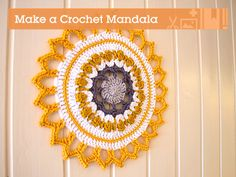 A mandala is typically a circle with inspiring colors and patterns. Mandala is the Sanskrit word for 'circle', and has spiritual significance in Hinduism and Buddhism. Crochet mandalas can be used. Crochet Mandala Pattern, Crochet Motifs, Crochet Potholders, Crochet Squares, Crochet Doilies, Crochet Round, Love Crochet, Diy Crochet, Ravelry Crochet