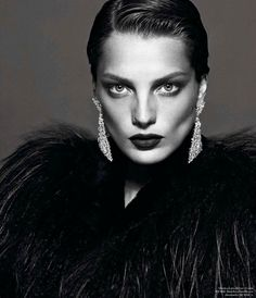 """Le Noir Partie 4″ : Daria Werbowy : Vogue Paris September 2012 : Mert & Marcus"