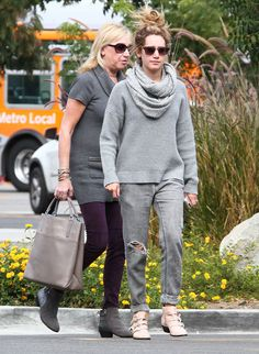 NEW CANDIDS:  On November 19th, Ashley Tisdale was photographed by paparazzi with her mother Lisa went to lunch at a local Studio City, California.