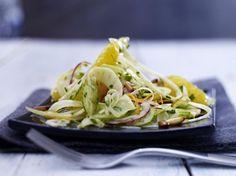Unser beliebtes Rezept für Orangen-Fenchel-Salat  mit Honig-Senf-Vinaigrette und mehr als 55.000 weitere kostenlose Rezepte auf LECKER.de.