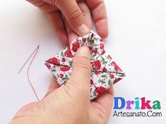 Fabric Origami, Fabric Flowers, Floral Tie, Embroidery, Quilts, Sewing, Christmas, Biscuit, Alice