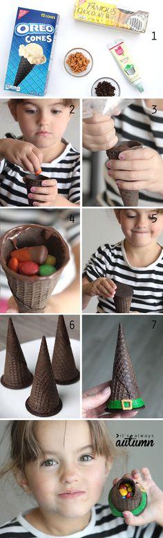¡Muy lindo!  Estos fácil de hacer galletas sombrero de bruja sorpresa se hacen con un cono de helado y lleno de dulces de Halloween.  Qué idea más divertido que hacer con los niños!
