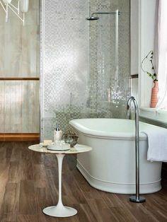 Grifería de suelo para bañeras exentas. Revestimientos, de Marazzi