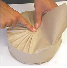 Japaneses Pleating on a round gift //Manbo