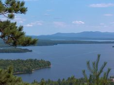 6. You won't find Moosehead Lake near the beach.