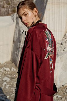 Coats: soft lounge dressing hits main stream Long line belted coats become a wardrobe must have as we re-casualise our daywear choices. Customised embroideries up style these everyday pieces. MAME 2016-17 FW COLLECTION