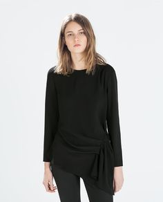 Image 2 of TOP WITH SIDE DETAIL from Zara