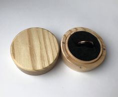 round.oak wood ring box. personalized Wood Ring Box. Proposal Ring Box. Engagement Ring box. Wedding Ring Box. Anniversary Gift Wooden Ring Box, Wooden Boxes, Mens Wood Wedding Bands, Proposal Ring Box, Wood Oil, Wedding Ring Box, Resin Ring, Anniversary Gifts For Him, Wood Rings