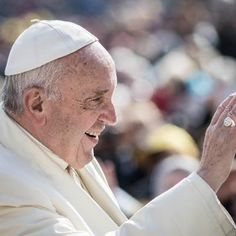 Viral: This Is Pope Francis First Instagram Post