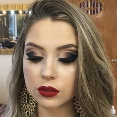 how to cut crease Dope Makeup, Makeup Eye Looks, Eye Makeup Tips, Hair Makeup, Makeup Tricks, Makeup Ideas, Cut Crease Hooded Eyes, Cut Crease Eyeshadow, Cut Crease Makeup