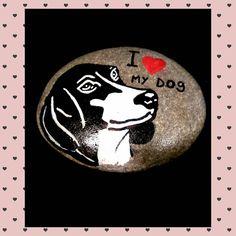Te gustan los perros? #ilovemydog #piedrasparasonreir #paintingrocks #rockstone #stonepaintingart #piedraspintadasamano #handmade #stonepainting #paintingstone #dog #piedraspintadas