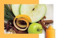 Syksyn hohtoa Makeat keltaiset päärynät ja kypsät punaiset omenat saavat lämpönsä hehkuvista mausteista upean syksyisessä hedelmäkompotissa.