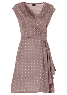 This dress would be perfect for spring & summer events. Reminds me a lot about the one Julia Roberts wore in Pretty Woman at the polo event!  Prickig klänning mörkröd/ljusbeige - BODYFLIRT - bonprix.se