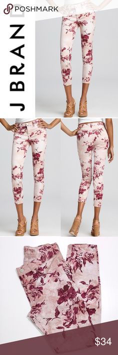 """J Brand Floral Capri Jeans ✔️Capri Length Inseam: 26.75"""" approx. ✔️98% Cotton•2% Lycra ✔️Excellent Used Condition ✔️1722-5 J Brand Jeans"""