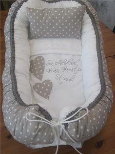 Babynest komplett set i grå/vit pricka mönster, hemsytt! på