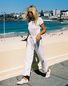 Bared Footwear White Cockatoo - Anna Feller