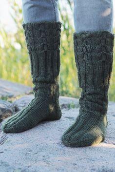 pitkävartiset villasukat Leg Warmers, Socks, Diy Crafts, Legs, Knitting, Crochet, Fashion, Leg Warmers Outfit, Moda