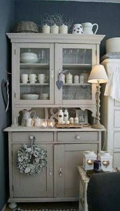 Le buffet de ma grand mère – Burgundy Hamlin – My World Decor, Chic Kitchen, Furniture, Chic Furniture, Trendy Home, Home, Country Cupboard, Shabby Chic Homes, Home Decor