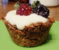 Easy and Delicious Granola Cups! Looks like a great idea for a bridal/baby shower! (parfait desserts for a crowd)