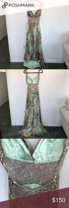 Floral prom dress Beautiful floral pattern with sequin beading prom dress size 2 worn twice Jovani Dresses Prom