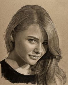 Steps for Portrait Drawing with Charcoal - Drawing On Demand Portrait Sketches, Pencil Portrait, Art Drawings Sketches, Portrait Art, Woman Sketch, Girl Sketch, Charcoal Portraits, Black And White Portraits, Celebrity Drawings
