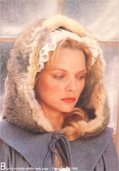 "Michelle Pfeiffer in the set of ""Sweet Liberty"" Michelle Pfeiffer, Pictures Of People, Pictures To Draw, Maxwell Caulfield, Hollywood Knights, Celebrity Film, Musical Film, Movie Costumes, Best Actress"