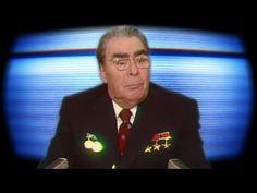 Новогоднее поздравление бывшего генерального секретаря КПСС Леонида Брежнева, которое оформили под песню, становится популярным среди пользователей социальных сетей.