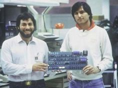 Steve and the Woz // Apple Computer founded by Steve Wozniak and Steve Jobs introduced the Apple II Steve Jobs Apple, Steve Jobs Steve Wozniak, All About Steve, Alter Computer, Apple Ii, Amy, 8 Bits, Old Computers, Apple Computers