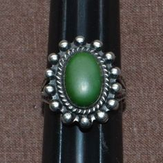 Vintage Navajo Sterling Silver Whirling Log Green Stone Ring 7.5