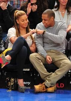 Happy 4th Wedding Anniversary Beyonce and Jay-Z