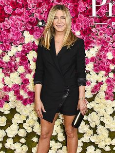 Star Tracks: Thursday, April 14, 2016 | STANDING TALL  | Jennifer Aniston opts for a stylish all-black ensemble at the Mother's Day premiere on Wednesday in Hollywood.