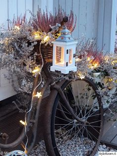 old bicycle, lights, lantern, veranda, rural-romantic Diy Christmas Lights, Christmas Love, Christmas And New Year, Christmas Decorations, Autumn Inspiration, Garden Inspiration, Autumn Garden, Candle Lanterns, Porch Decorating