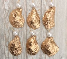 Items similar to Gold and Pearl Oyster Shell Christmas Ornaments - Set of 6 Natural Cape Cod Oyster Shells with Faux Pearls and Gilded Metallic Golden Finish on Etsy Oyster Shell Crafts, Oyster Shells, Sea Shells, Seashell Christmas Ornaments, Christmas Ornament Sets, Beach Ornaments, Nutcracker Christmas, Christmas Ideas, Seashell Crafts