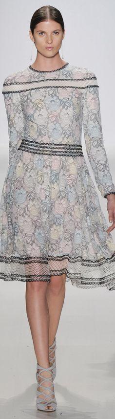 Tadashi Shoji Spring 2015 Ready-to-Wear