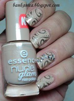 essence nude it w/ metallic stamped
